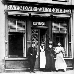 1898: Raymond Fruy slijpt voor het eerst de messen.