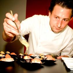 2006: Xavier start Fruy Finest Food Catering.